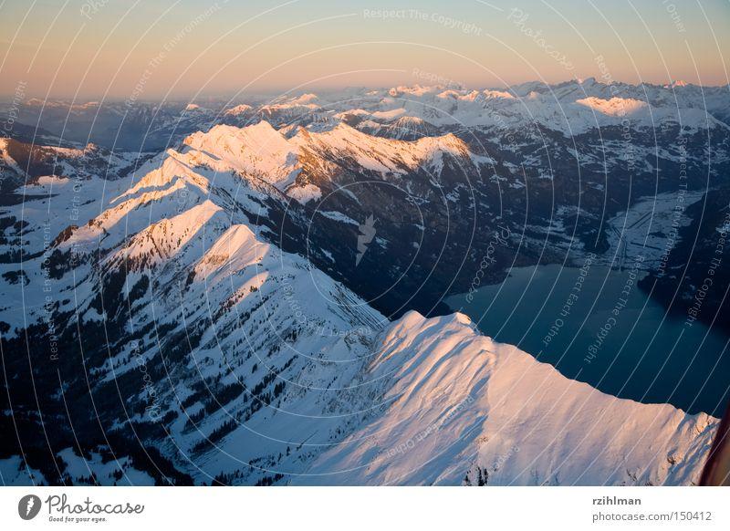 Brienzer Rothorn Berge u. Gebirge fliegen Luftverkehr Alpen Kanton Graubünden