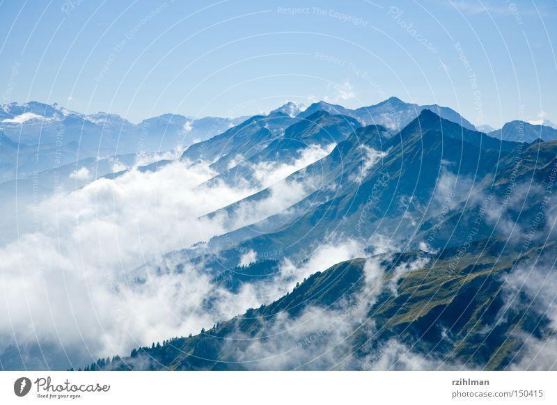 Schall und Rauch weiß grün blau Wolken Schnee Wiese Berge u. Gebirge Wetter Klima Schweiz Alpen Alm Wasserdampf Bergkamm