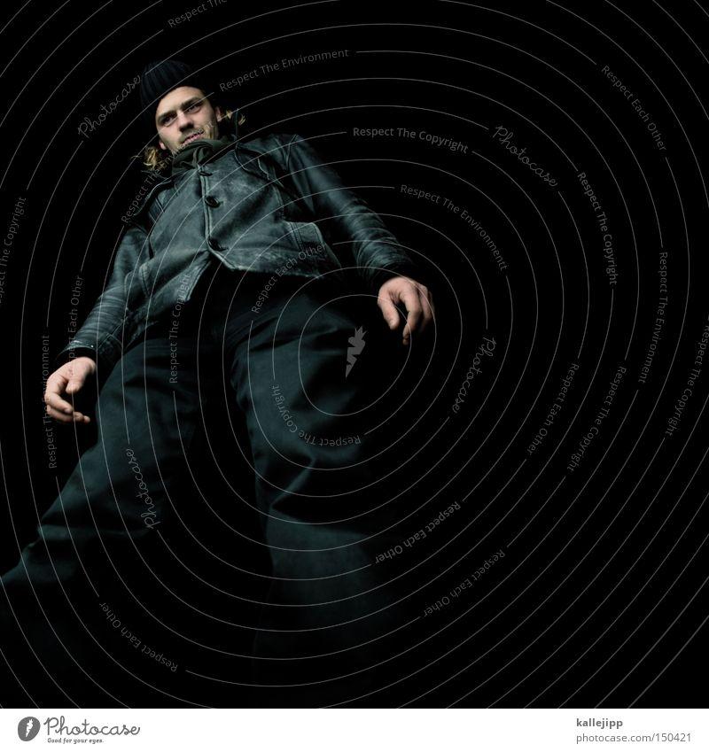 BLN08_preview Mensch Mann Winter schwarz Mode groß Jacke Hose Mütze Koloss