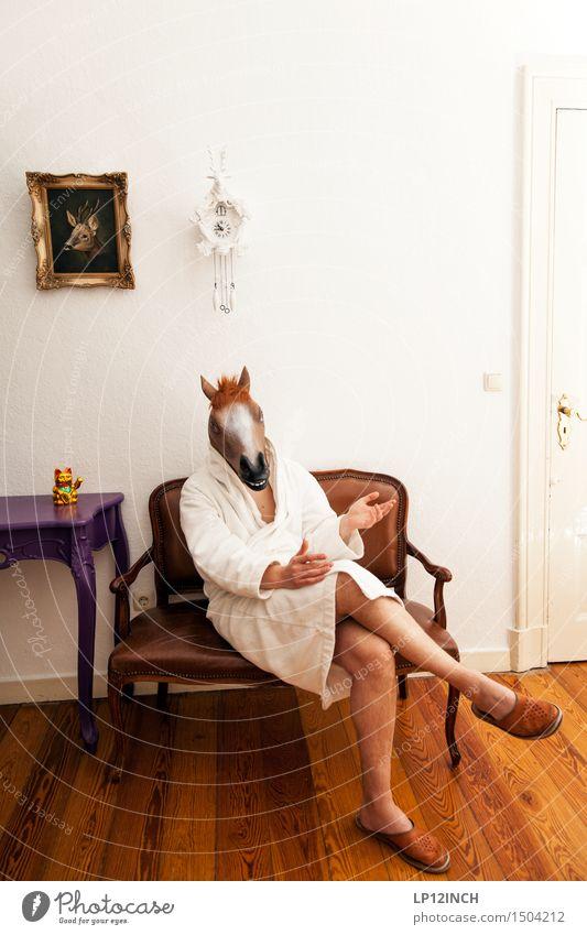 LP.HORSEMAN. III Mensch Mann Tier Erwachsene sprechen lustig maskulin träumen Häusliches Leben Uhr sitzen verrückt warten Pferd Maske gruselig