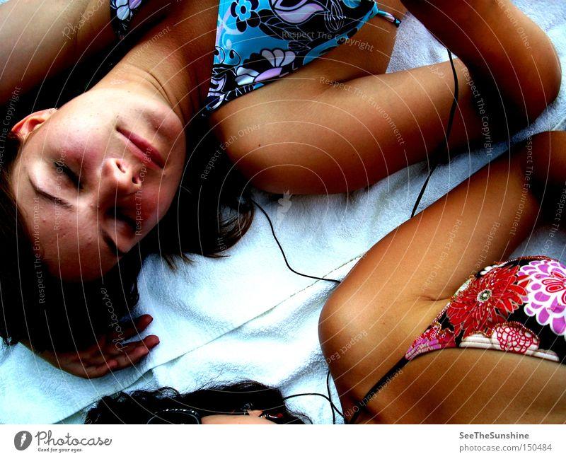 Endlich Urlaub. Sommer Strand Ferien & Urlaub & Reisen Erholung Musik Freundschaft schlafen