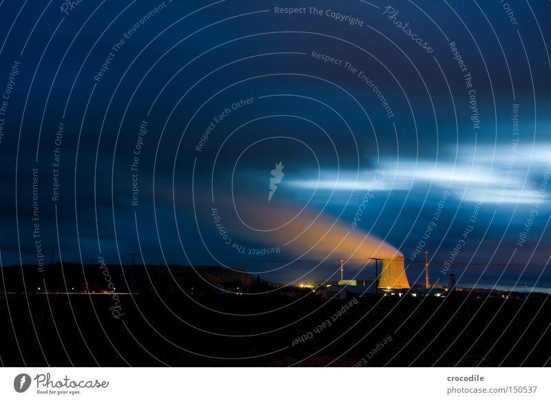 Dreckschleuder Beleuchtung Energie Industrie Elektrizität gefährlich bedrohlich Wut Strahlung Ärger Umweltverschmutzung Stromkraftwerke Kernkraftwerk