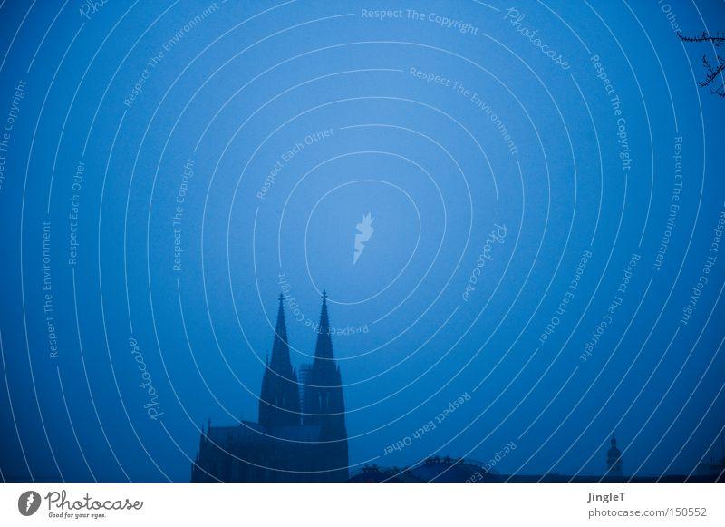 Dom Religion & Glaube Nebel Denkmal Bauwerk historisch Wahrzeichen 8 Symbole & Metaphern Kathedrale Rhein Gotteshäuser Köln Kölner Dom