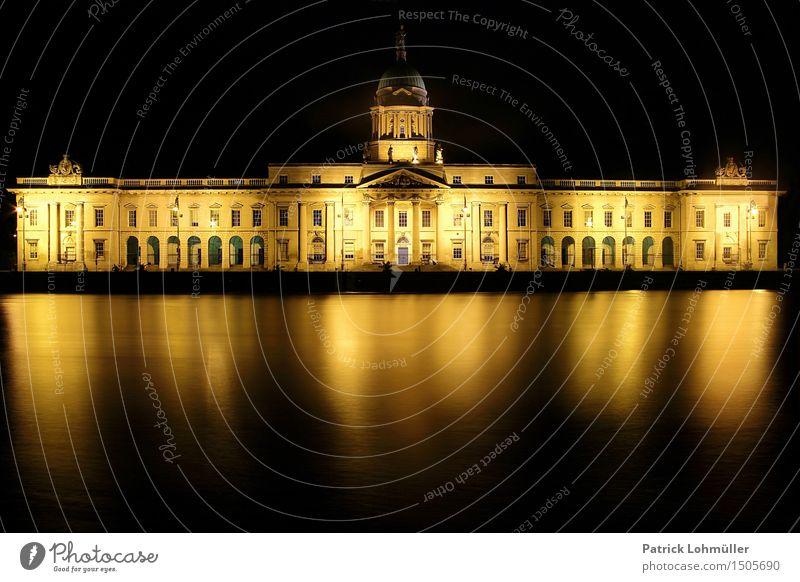 The Custom House Dublin Tourismus Sightseeing Städtereise Umwelt Natur Wasser Nachthimmel Fluss Liffey Republik Irland Europa Hauptstadt Stadtzentrum Palast