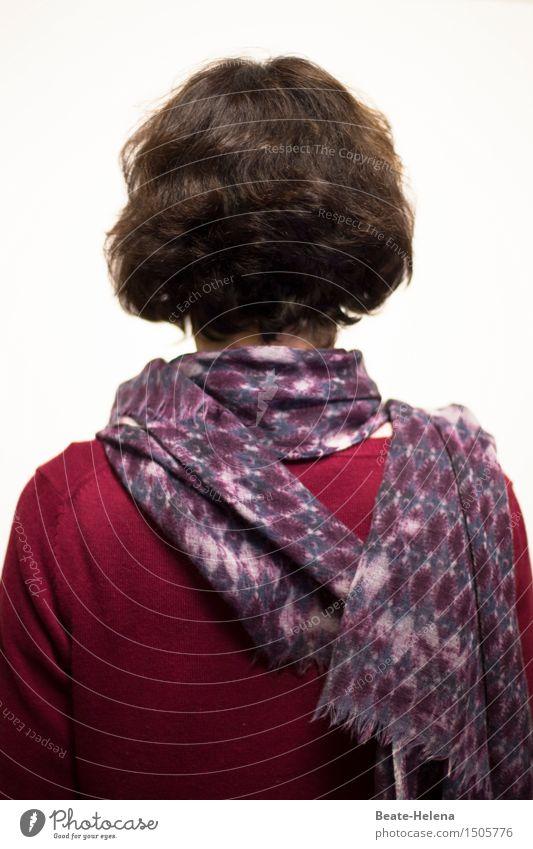 grausam | plötzlich alles hinter sich zu haben Stil feminin Junge Frau Jugendliche Kopf Haare & Frisuren Bekleidung brünett Locken atmen Denken Blick träumen