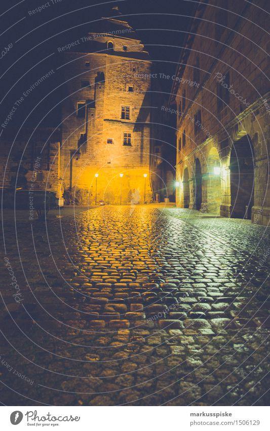 Schloss bei Nacht Ferien & Urlaub & Reisen Tourismus Ausflug Abenteuer Sightseeing Nachtleben Entertainment Veranstaltung Feste & Feiern Hochzeit Geburtstag