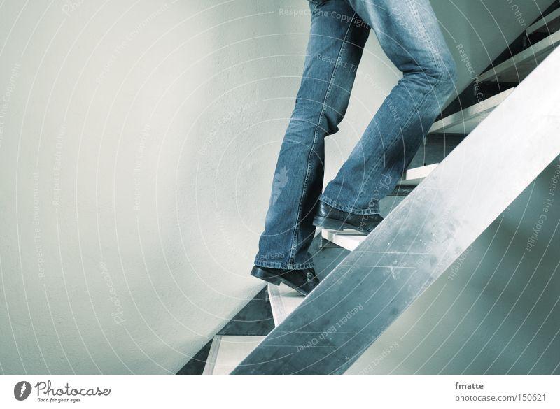 Treppe laufen Erfolg Niveau aufwärts steigen Richtung