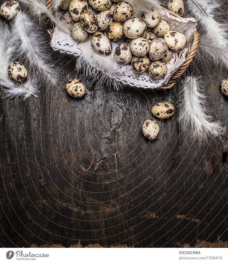 Wachteleier im Korb mit Federn Lebensmittel Stil Design Gesunde Ernährung Haus Innenarchitektur Dekoration & Verzierung Tisch Ostern Natur Hintergrundbild Nest