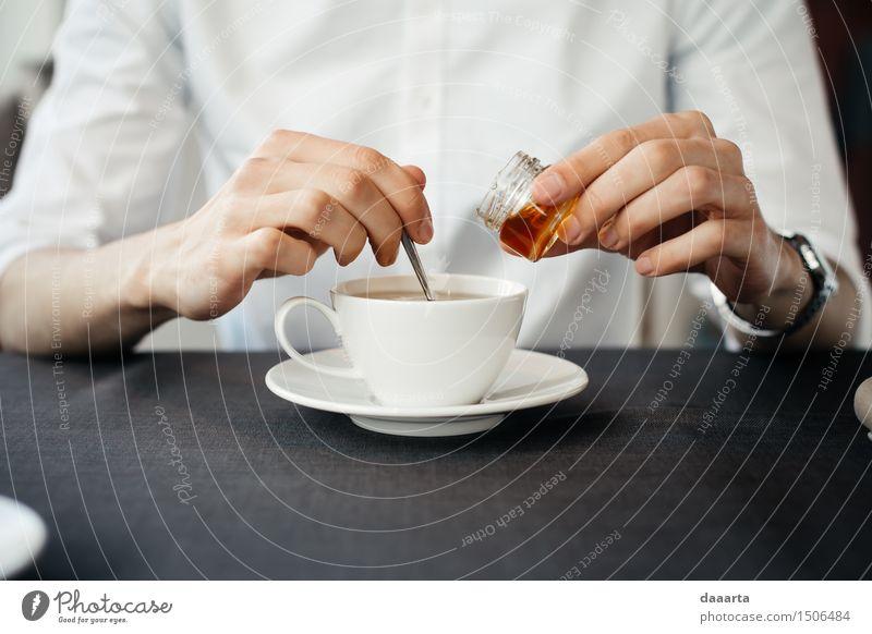 Tee machen Süßwaren Honig Getränk Heißgetränk Becher Lifestyle elegant Stil Freude Leben harmonisch Sinnesorgane Erholung Freizeit & Hobby Ausflug Abenteuer