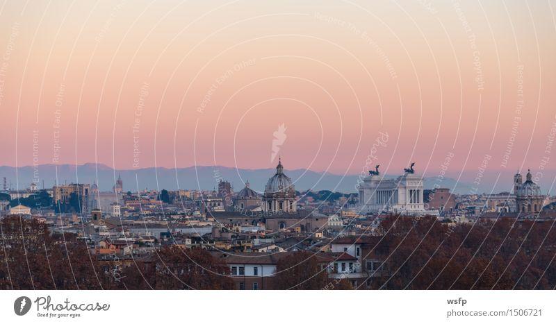 Rom vom Gianicolo Panorama bei Sonnenuntergang Tourismus Stadt Altstadt Architektur Dach historisch Aussehen geschichte Italien Kuppeldach reisen römisch