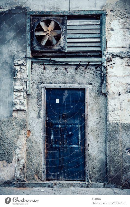 la puerta azul Ferien & Urlaub & Reisen Stadt alt Haus Ferne Wand Gebäude Mauer Tourismus Tür authentisch Abenteuer Hauptstadt Stadtzentrum Städtereise Kuba