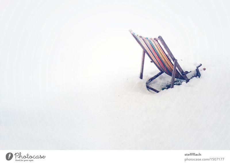 Plötzlicher Wintereinbuch Erholung Schwimmen & Baden Freizeit & Hobby Ferien & Urlaub & Reisen Strand Schnee Sessel Strandbar Skipiste Feierabend Landschaft