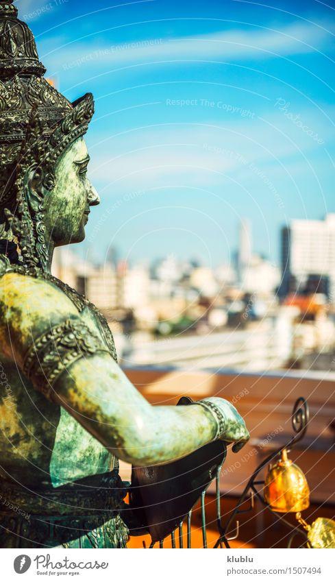 Thailändische Göttlichkeit in Bangkok Ferien & Urlaub & Reisen schön Berge u. Gebirge Architektur Religion & Glaube Gebäude Kunst Tourismus gold Kultur Asien