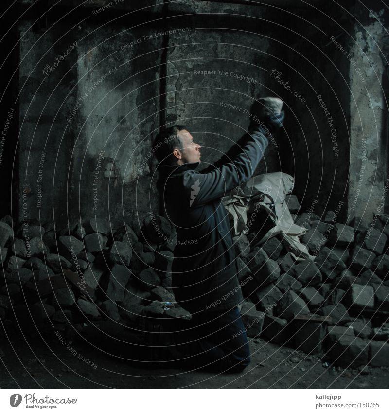 steine für view Mensch Mann schwarz Arbeit & Erwerbstätigkeit Religion & Glaube Kirche Keller Wert nachhaltig Kohle Opfer Opfergaben Rohstoffe & Kraftstoffe
