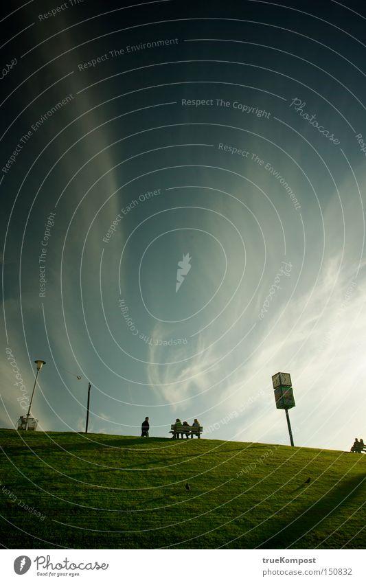 The Hill Himmel blau dunkel ruhig Erholung Einsamkeit Natur grün Hügel Landschaft Stimmung Denken Freiheit unterwürfig Konzentration Farbe Herbst