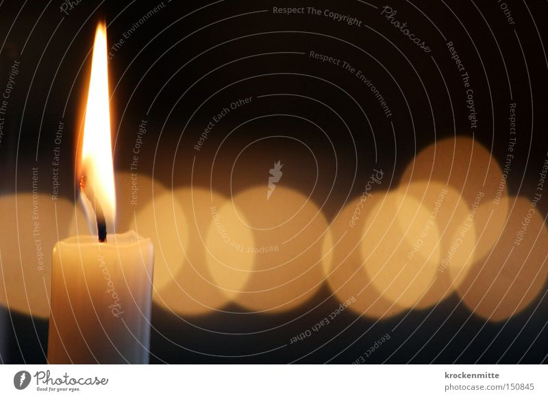 Lichtblicke Kerze Lichterscheinung Kreis brennen Kerzendocht Docht Beleuchtung Wärme Weihnachten & Advent Flamme Hoffnung Denken Romantik Vergänglichkeit Wachs