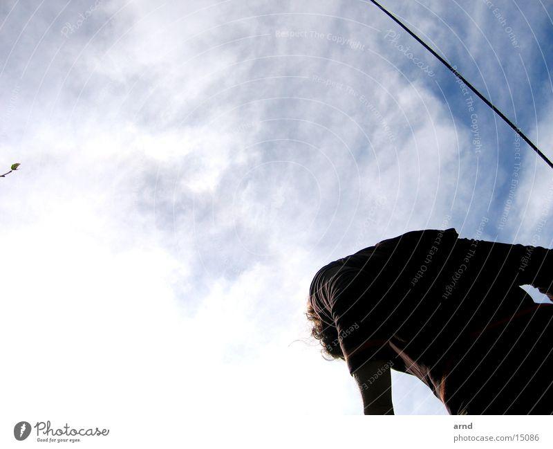 nach oben Frau Mensch Himmel Wolken Berge u. Gebirge Perspektive Gipfel
