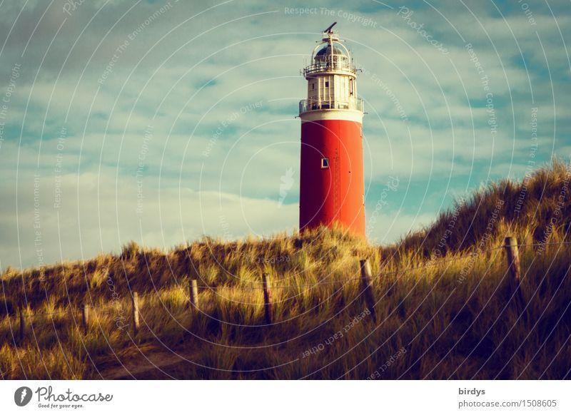 Leuchtturm auf Texel Ferien & Urlaub & Reisen Himmel Wolken Küste Nordsee Insel Stranddüne Dünengras Turm Sehenswürdigkeit Wahrzeichen ästhetisch historisch