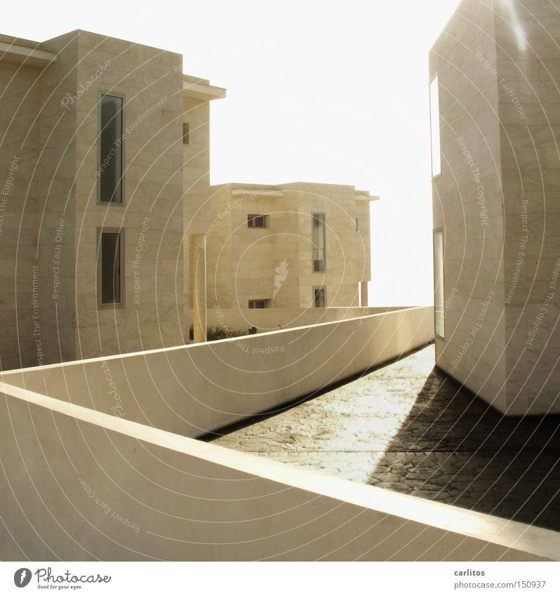 Immobilienkrise Meer Sommer Architektur modern Häusliches Leben Haus Mallorca Insolvenz Leerstand Ferienhaus