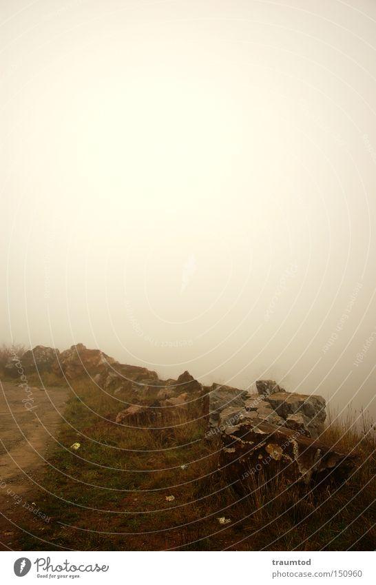 ...noch mehr Nebel... Himmel Winter dunkel Herbst Stein Traurigkeit Wege & Pfade Sand Horizont Erde trist Steinbruch Wetzlar