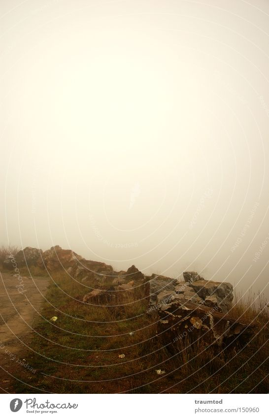 ...noch mehr Nebel... Steinbruch trist Wetzlar Himmel Horizont dunkel Herbst Winter Wege & Pfade Erde Sand Traurigkeit