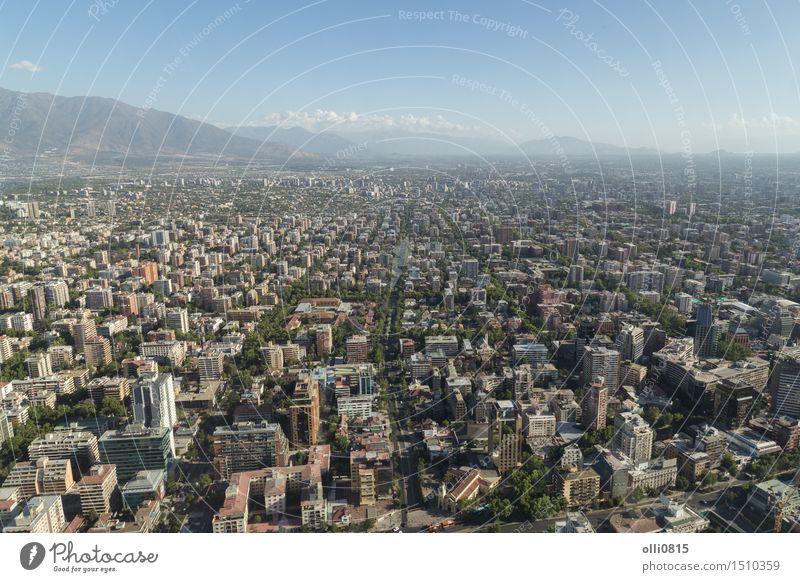 Ansicht von Gran Torre in Santiago de Chile Ferien & Urlaub & Reisen Stadt Landschaft Berge u. Gebirge Architektur Gebäude Business Tourismus modern Hochhaus