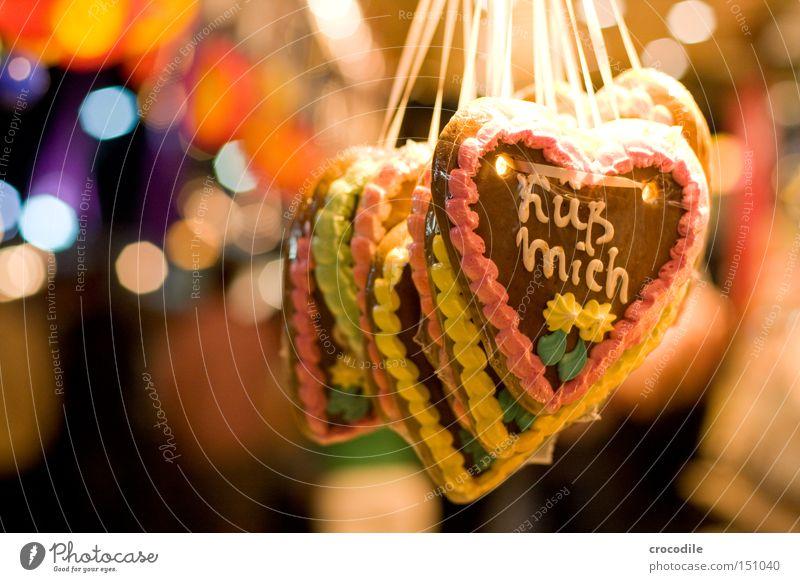Küß mich schön Freude Liebe Herz Zucker Küssen Jahrmarkt Süßwaren Zärtlichkeiten Zuckerguß Lebkuchenherzen