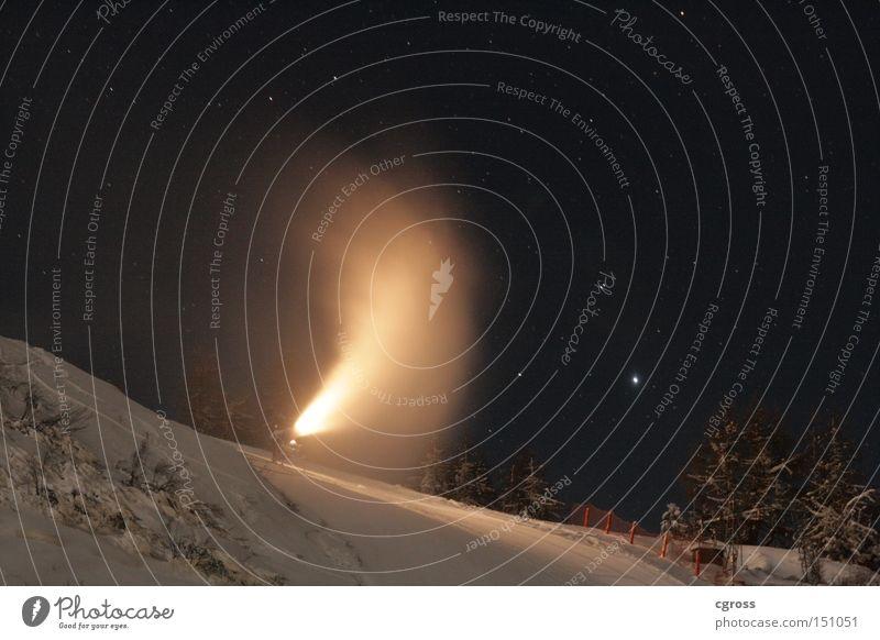 Winter am Feuerberg Schnee Schneekanone Licht Nacht Eis Berge u. Gebirge Skipiste