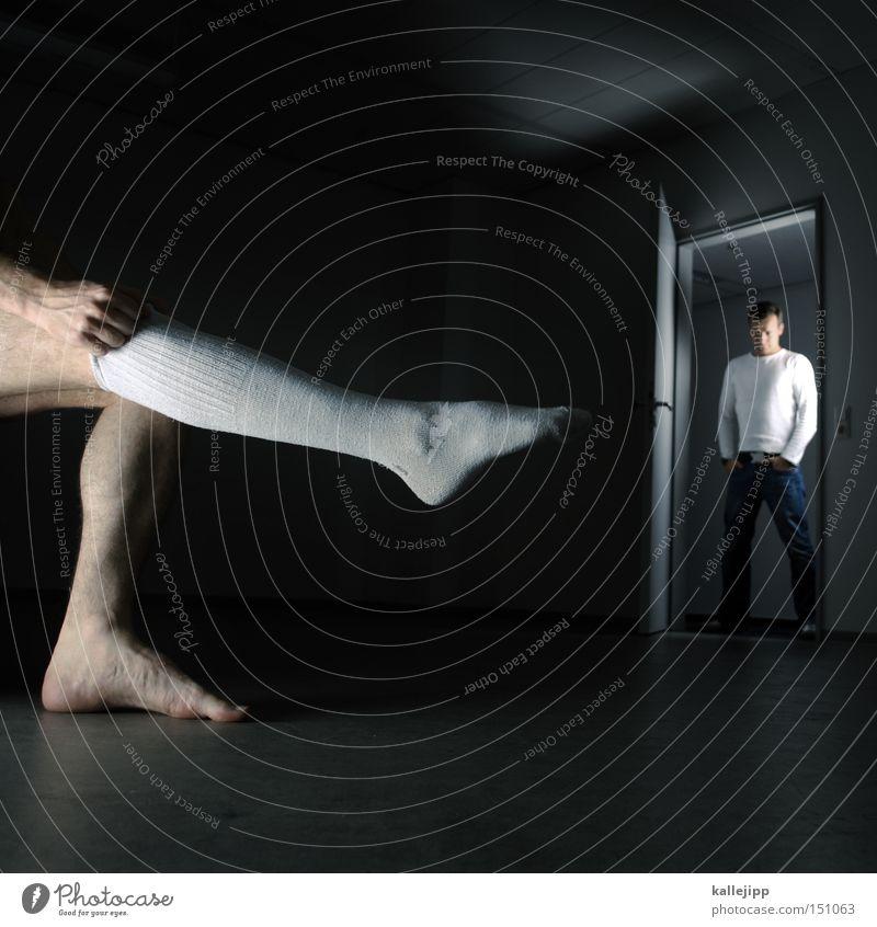 1999_die reifeprüfung Mensch Mann Gefühle Paar Beine 2 Raum Tür Lust Strümpfe Versuch Humor fordern Ironie