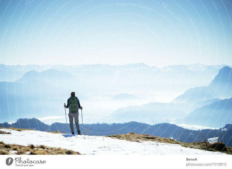 Berg Ferien & Urlaub & Reisen Ausflug Expedition Winter Schnee Winterurlaub Berge u. Gebirge wandern Klettern Bergsteigen Sportler Mensch feminin Frau