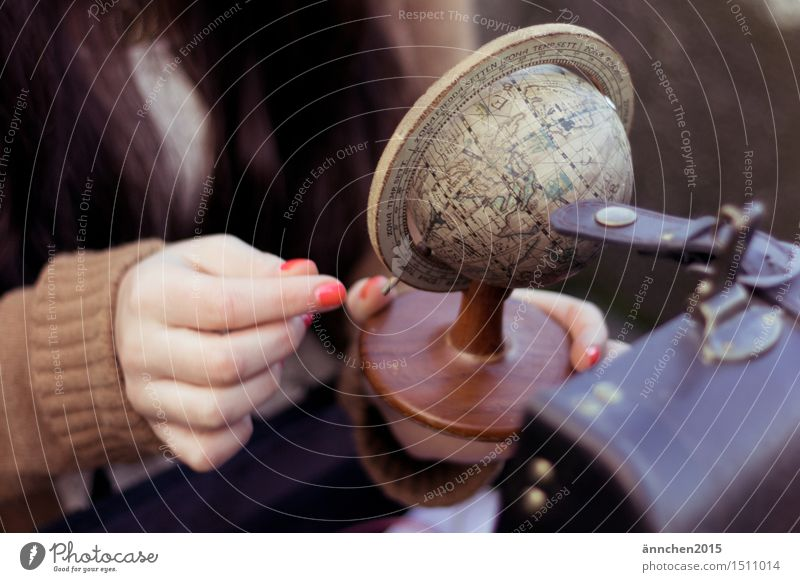 Globus - wohin geht die Reise Lifestyle elegant Freude Glück Nagellack Freizeit & Hobby Ferien & Urlaub & Reisen Tourismus Abenteuer Ferne Freiheit Sommer