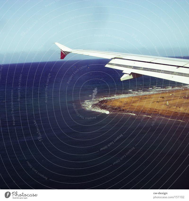 ICH WILL DOCH NUR... Wasser Meer Flugzeug Tragfläche Vogelperspektive Ferien & Urlaub & Reisen Reisefotografie fliegen Festland Insel Strand Himmel Küste