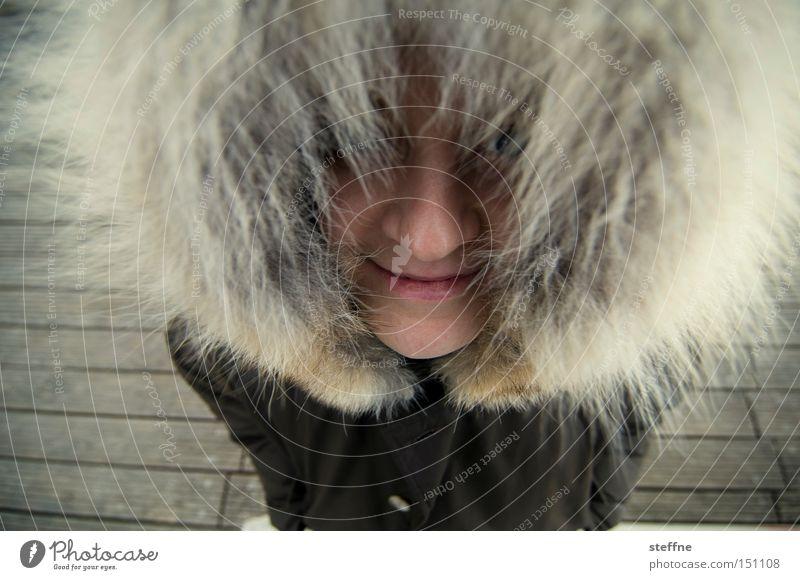 Inuitin Frau Freude Küste lustig Fell Dame Steg Kapuze Spree
