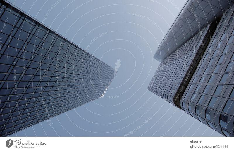 MAINHATTEN Hochhaus Gebäude Architektur Frankfurt am Main Bankgebäude Geldinstitut grau Nebel genickstarre elsone