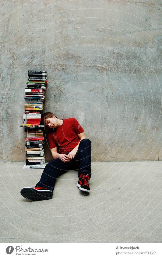 Überdosis Jugendliche lernen Buch Studium lesen Pause Bildung Student Berufsausbildung Wissen Mensch Bibliothek Überdosis Denken