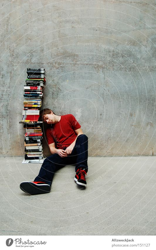 Überdosis Jugendliche lernen Buch Studium lesen Pause Bildung Student Berufsausbildung Wissen Mensch Bibliothek Denken