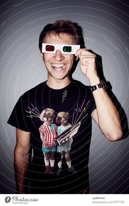 Alles so plastisch hier! II Mensch Mann Jugendliche Brille dreidimensional Blick wahrnehmen Optik Stil Mode trashig rot grün T-Shirt Freude Kommunizieren