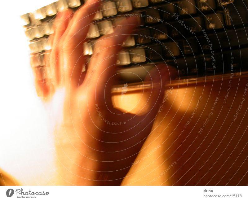 tastatur Hand Eile Elektrisches Gerät Technik & Technologie Tastatur Unschärfe
