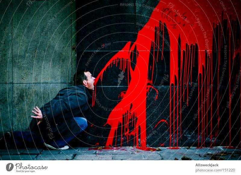Kalle der Exorzist rot Farbe Graffiti Wand Fassade Blut Teufel Wandmalereien Vandalismus Erbrechen spucken