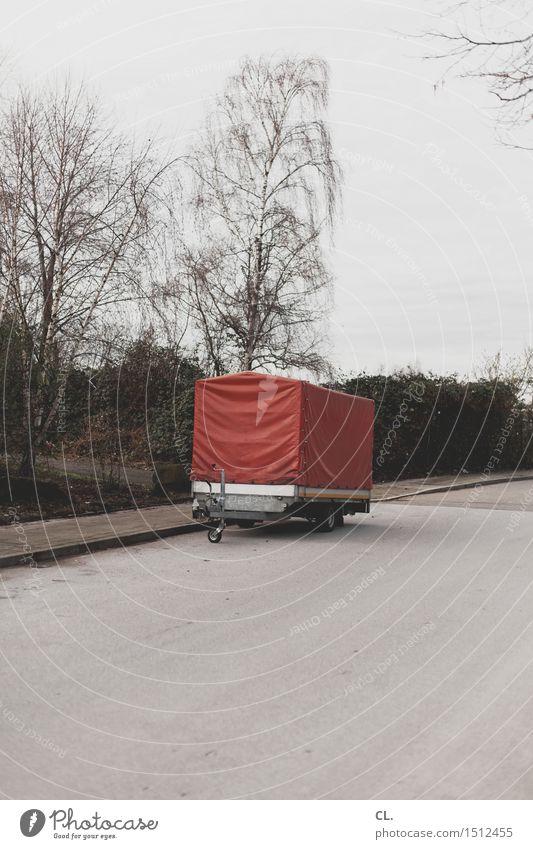 anhänger Umwelt Natur Himmel Herbst Winter Baum Verkehr Verkehrswege Straßenverkehr Wege & Pfade Anhänger trist stagnierend Güterverkehr & Logistik Farbfoto