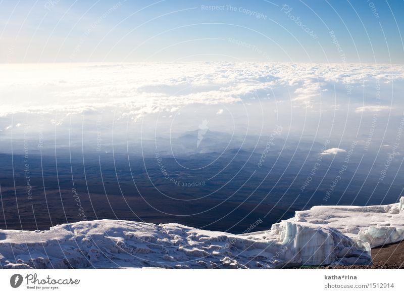 Auf dem Dach Afrikas Himmel Natur Ferien & Urlaub & Reisen blau Landschaft Wolken Ferne Berge u. Gebirge Glück Freiheit Horizont frei wandern Schönes Wetter