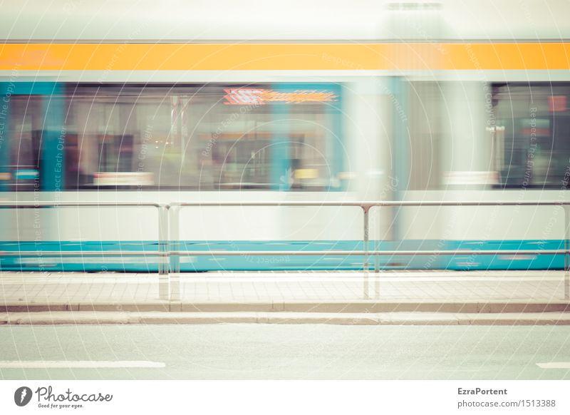 Straaaassenbaaaahhhn Stadt blau weiß gelb Straße Bewegung Linie hell Stadtleben Verkehr Geschwindigkeit Streifen fahren Bürgersteig Barriere Verkehrswege