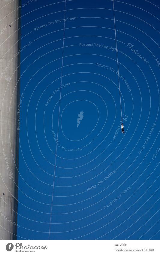 bungee jump donauturm Freude Sport Spielen Wien Funsport Nervenkitzel Extremsport Bungee