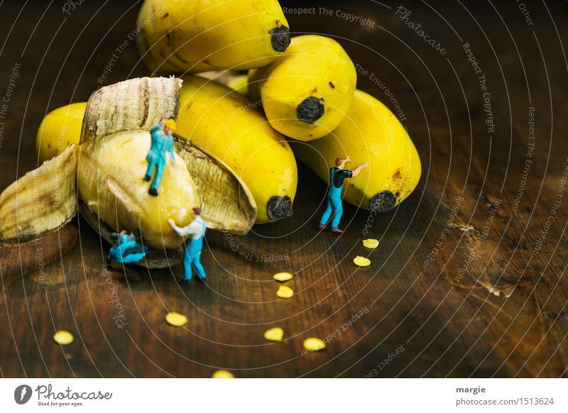 Miniwelten - Bananen Mensch Mann Gesunde Ernährung Erwachsene gelb Gesundheit Gesundheitswesen Lebensmittel braun Arbeit & Erwerbstätigkeit Frucht maskulin