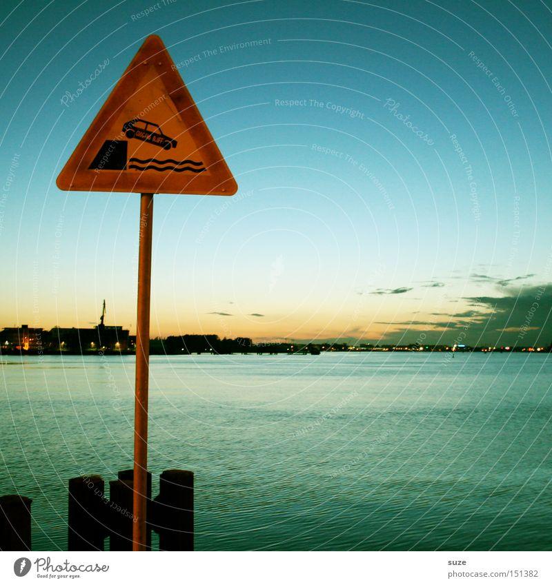 Vorsicht Kai! Himmel Meer Wolken Umwelt Straße Küste Horizont PKW Verkehr Schilder & Markierungen Hinweisschild Zeichen Hafen Ende Ostsee Warnhinweis