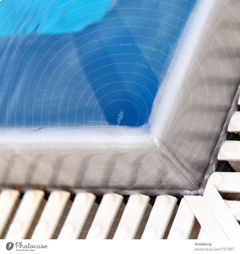 eckbeck Schwimmbad Wasser Überlauf Freibad Freizeit & Hobby Chlor Erfrischung Detailaufnahme Freude Spielen wasseraufbereitung sommersport