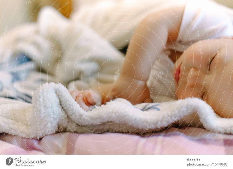 Baby eins Lifestyle elegant Stil Freude Leben harmonisch Sinnesorgane Erholung Freizeit & Hobby Freiheit Veranstaltung Junge Decke schlafen Freundlichkeit