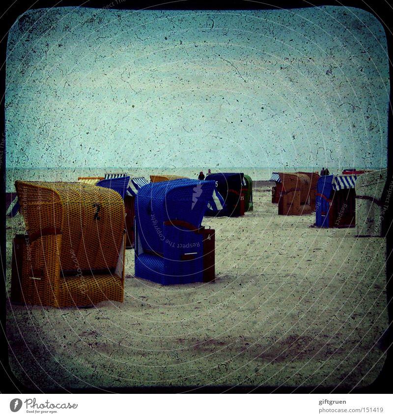 a day at the beach Meer Sommer Freude Strand Ferien & Urlaub & Reisen Erholung Sand Küste Freizeit & Hobby Schwimmen & Baden Sonnenbad Strandkorb