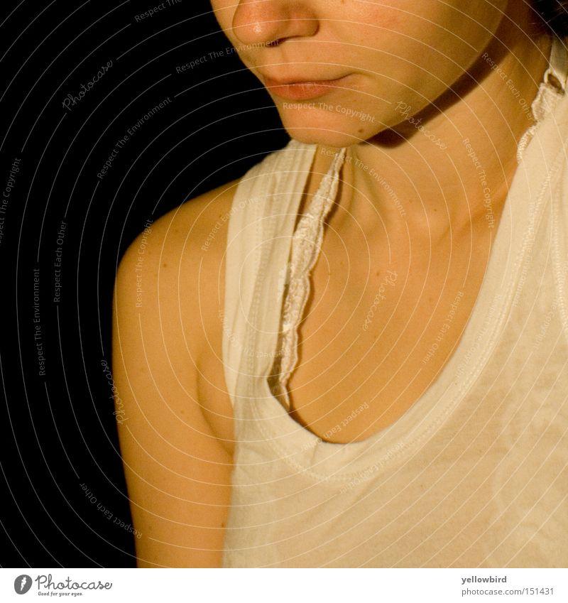 Mädchen in Weiß Frau weiß Gesicht Denken Mund Hemd