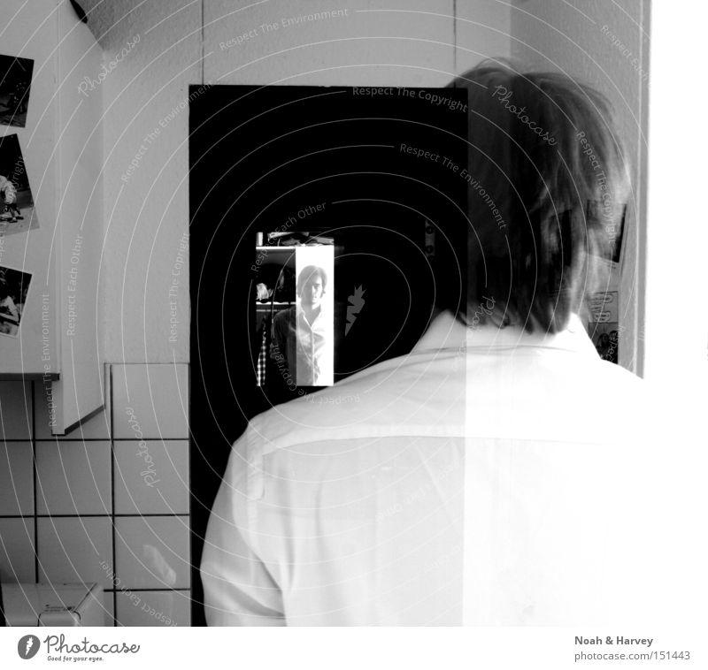 Mein Leben als Geist durchsichtig Spiegel Spiegelbild Schwarzweißfoto Kontrast Selbstbeobachtung Perspektive Zweifel